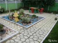 Форма-опалубка для изготовления садовой дорожки